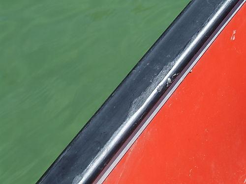 Greeen and Canoe